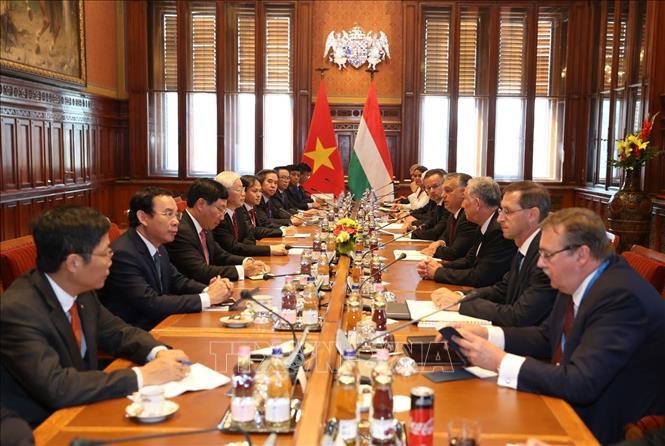 Tổng Bí thư Nguyễn Phú Trọng hội đàm với Thủ tướng Hungary