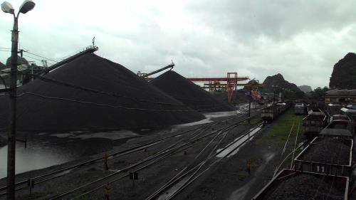 TKV đáp ứng đủ than cho các hộ tiêu thụ