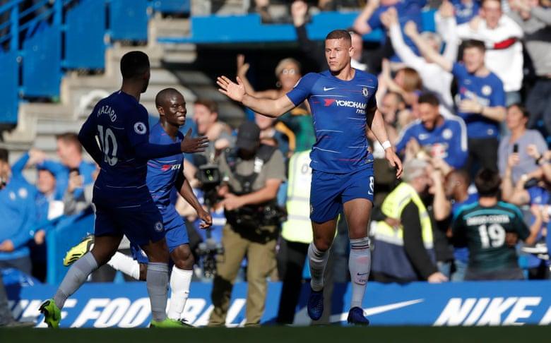 Chelsea thoát hiểm ngoạn mục tại Stamford Bridge