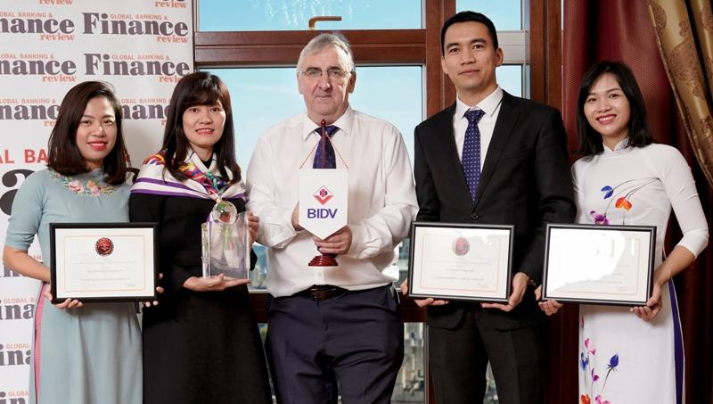 BIDV nhận liền 3  giải thưởng quốc tế