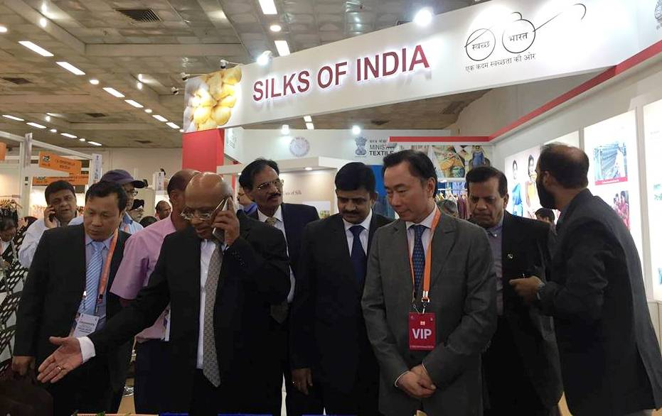 20 doanh nghiệp Việt Nam tham dự Hội chợ Quốc tế Lụa Ấn Độ lần thứ 6