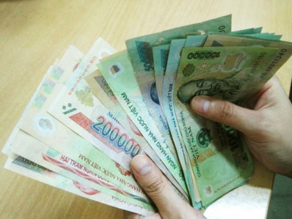 Nước ta đã trải qua mấy lần cải cách chính sách tiền lương?