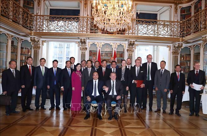 Thủ tướng kết thúc tốt đẹp chuyến tham dự Hội nghị Cấp cao P4G và thăm chính thức Vương quốc Đan Mạch