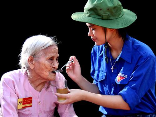 """""""Nụ cười Hà Nội"""" lan tỏa nét văn minh, thanh lịch"""