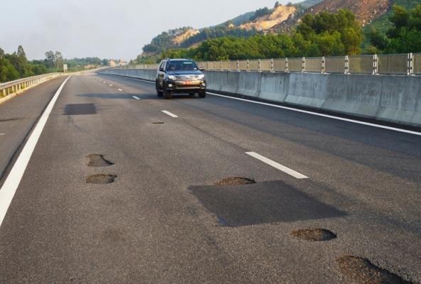 Phải khắc phục triệt để hư hỏng cao tốc Đà Nẵng - Quảng Ngãi
