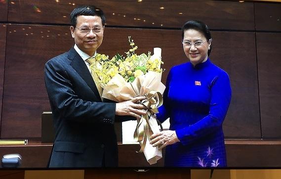 Ông Nguyễn Mạnh Hùng chính thức được bầu làm Bộ trưởng Bộ Thông tin và Truyền thông
