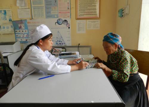 Nâng cao chất lượng khám chữa bệnh cho người dân tại cơ sở
