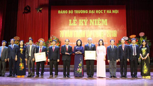 Phát triển Đại học Y Hà Nội thành Đại học Khoa học sức khỏe ngang tầm khu vực và thế giới