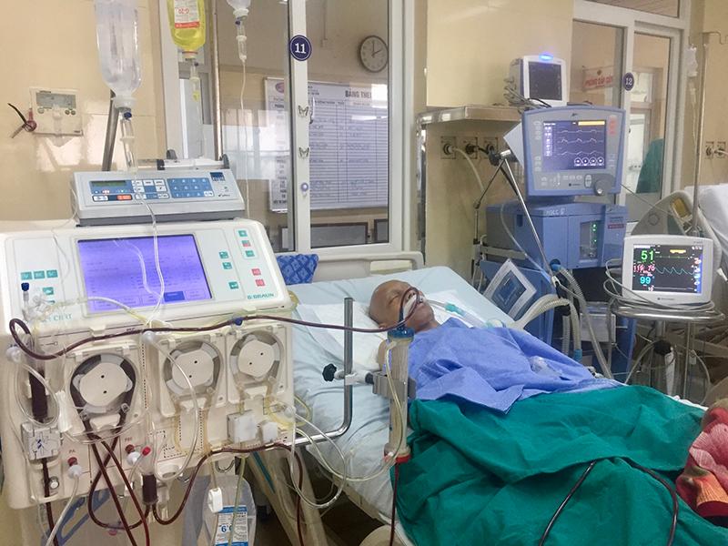 Cứu sống thành công bệnh nhân nhược cơ nặng bằng kỹ thuật thay huyết tương