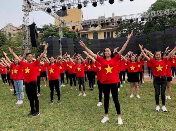 """Sinh viên 29 trường đại học khu vực Hà Nội tham gia Ngày hội """"Tân sinh viên – Vững bước tương lai"""""""