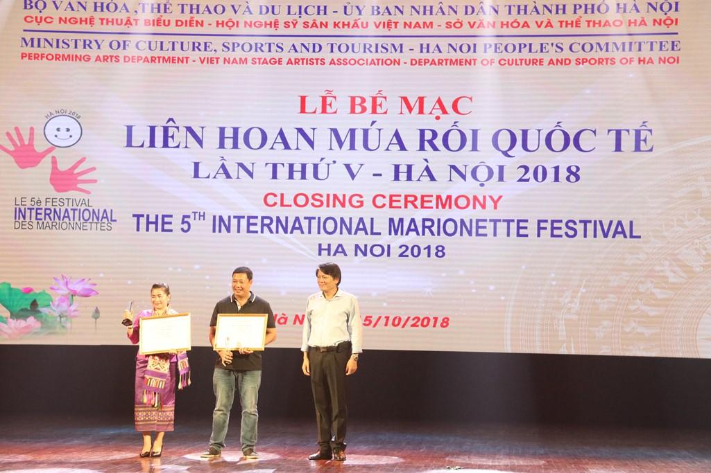 """Vở rối nước """"Trê – Cóc"""" giành Huy chương Vàng Liên hoan Múa Rối quốc tế lần thứ V"""