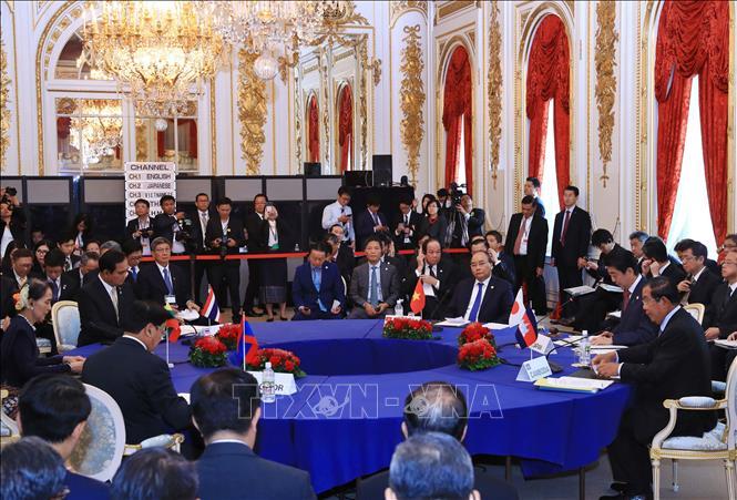 Thủ tướng Nguyễn Xuân Phúc đề xuất nghiên cứu và xây dựng Mạng lưới sáng tạo Mekong - Nhật Bản