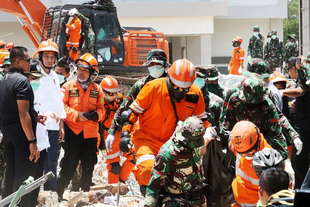 Hơn 1.000 người có thể còn mất tích trong thảm họa ở Indonesia