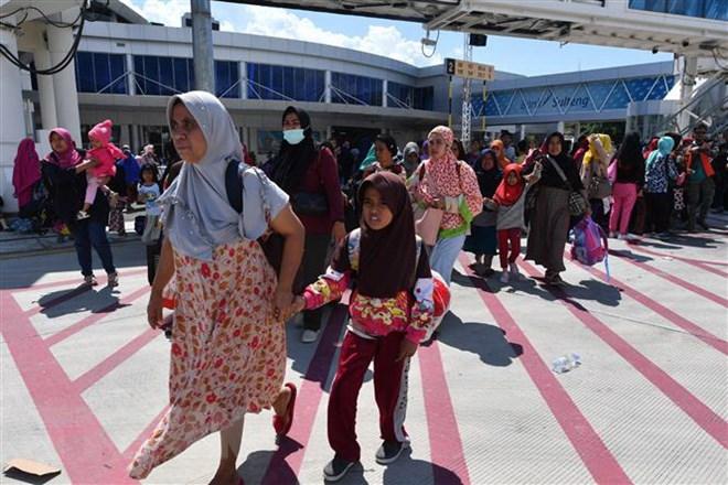 Indonesia khẩn trương sửa chữa đường băng sân bay ở Palu sau động đất
