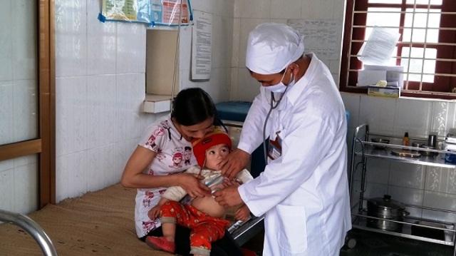 Tập trung đào tạo nhân lực y tế cơ sở nâng cao chất lượng khám chữa bệnh