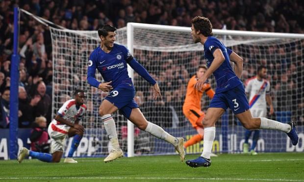 Morata lập cú đúp, Chelsea tiếp tục bám đuổi Man City