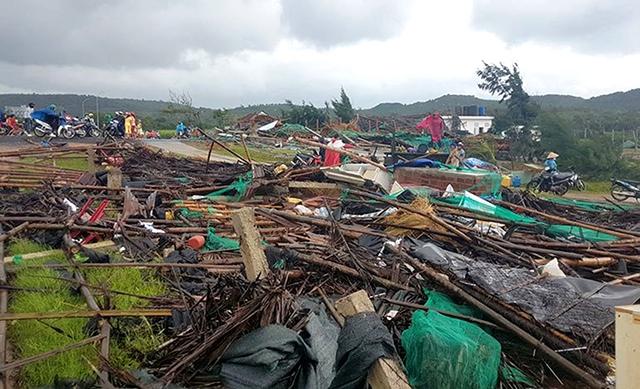 Hỗ trợ người dân bị thiệt hại do ảnh hưởng của bão số 8