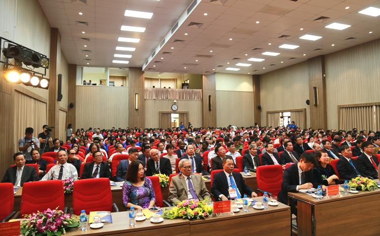 Mỗi năm Trường Đại học Công nghiệp Hà Nội cung cấp cho thị trường lao động trên 10.000 kỹ sư, cử nhân, kỹ thuật viên