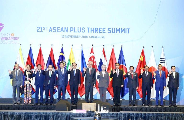 Thủ tướng Nguyễn Xuân Phúc nêu sáng kiến tăng cường hợp tác ASEAN+3