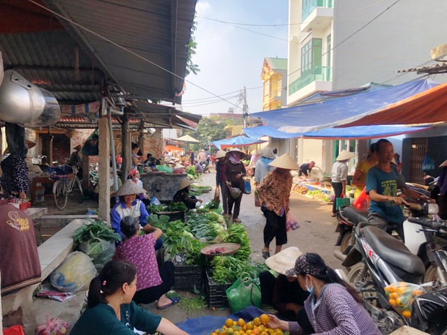 Chợ Hà Nội - góc nhìn dân sinh và kinh tế