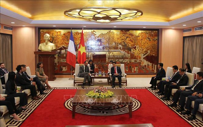 Hà Nội mong muốn hợp tác với Pháp xây dựng Chính phủ điện tử, thành phố thông minh