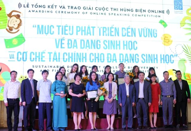 Trao giải cuộc thi hùng biện online về đa dạng sinh học