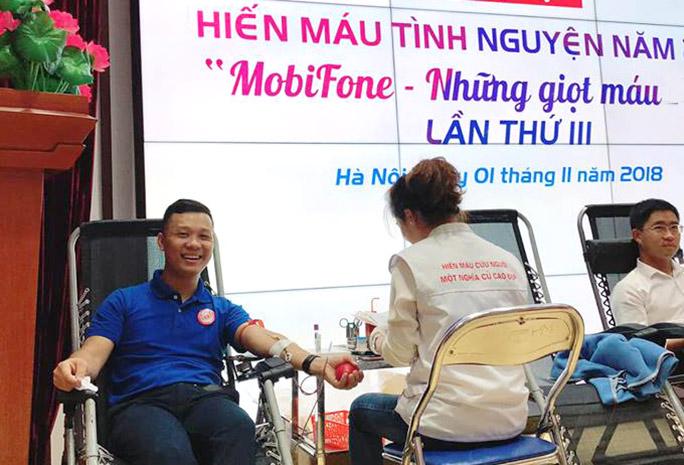 """Ngày hội hiến máu """"MobiFone - Những giọt máu hồng"""""""