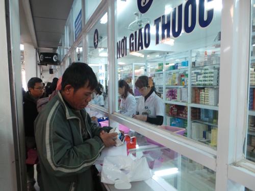 Hà Nội: Ngăn chặn thuốc giả Pan-Amoclav 1g