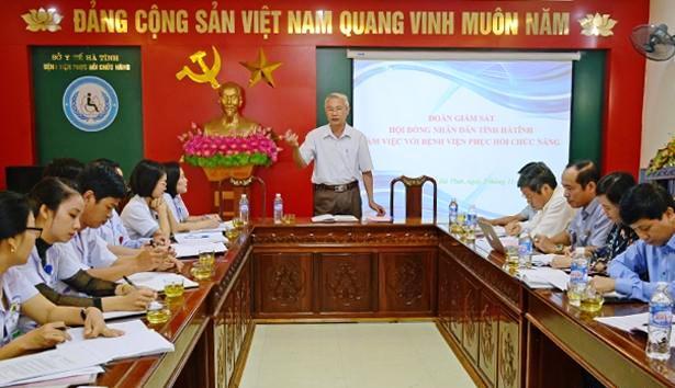 Hà Tĩnh: Nhiều kiến nghị về chế độ, chính sách trên lĩnh vực y tế