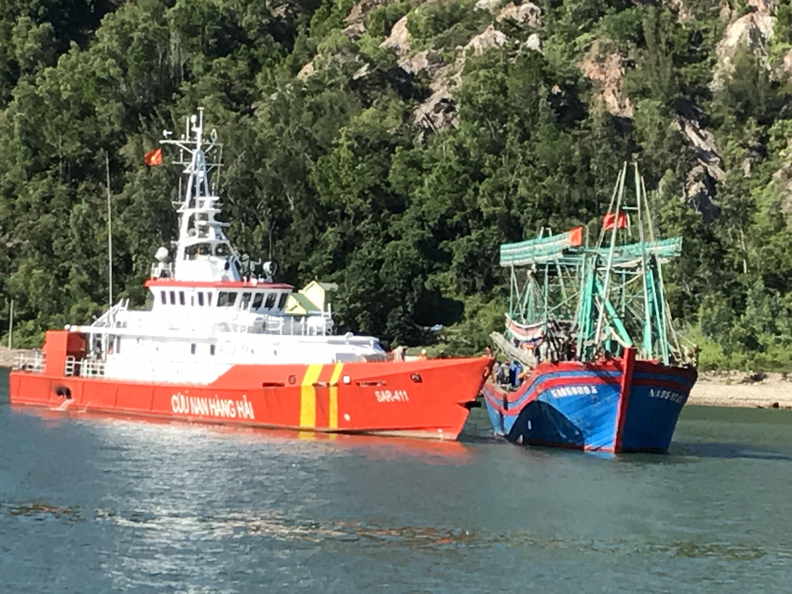 Cứu nạn thành công tàu cá gặp nạn trên biển