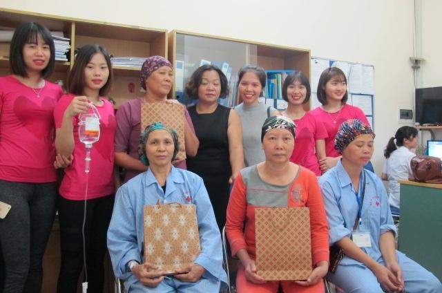 Giúp các bệnh nhân ung thư tự tin chiến đấu với bệnh tật