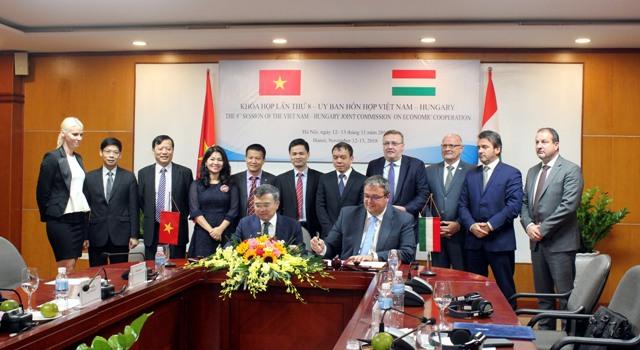 Đẩy mạnh hợp tác kinh tế Việt Nam – Hungary