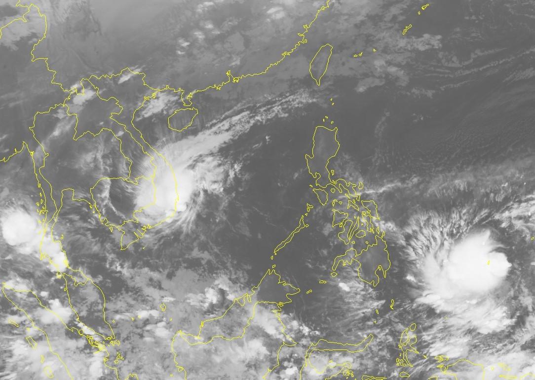 Bão số 8 suy yếu nhanh thành áp thấp nhiệt đới