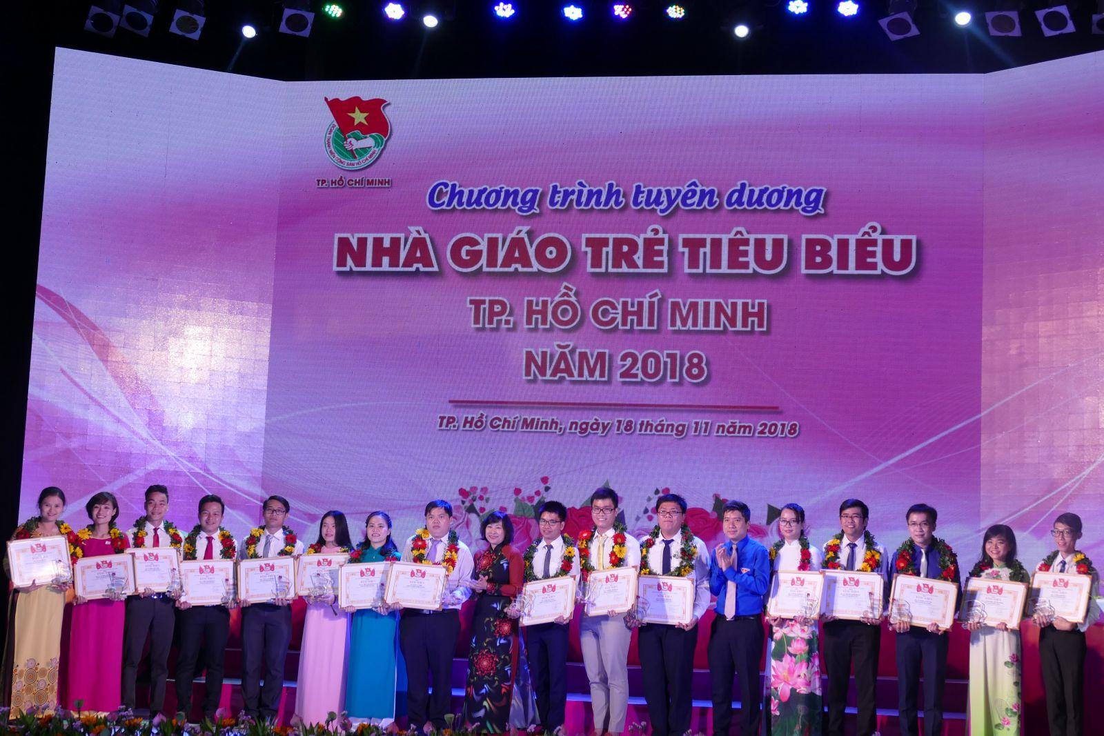 TP.Hồ Chí Minh: Tuyên dương 248 nhà giáo trẻ tiêu biểu