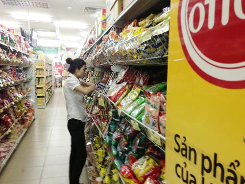 Tổng mức bán lẻ hàng hóa và doanh thu dịch vụ tiêu dùng tăng gần 13% so cùng kỳ