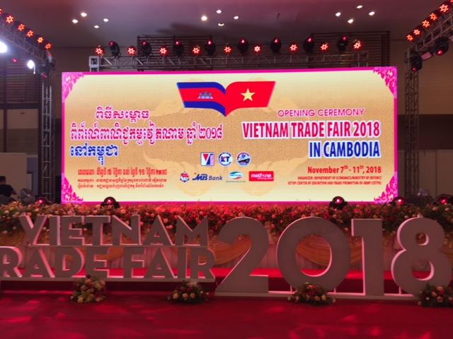 Tăng cương hợp tác Thương mại giữa Việt Nam và  Campuchia