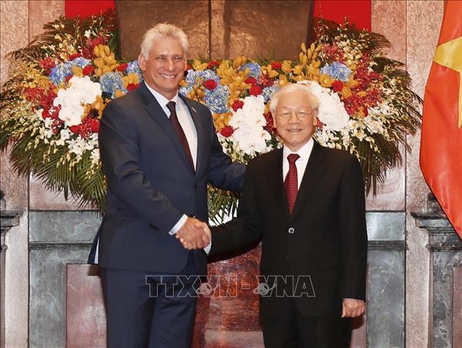 Ký kết một số văn kiện hợp tác Việt Nam - Cuba