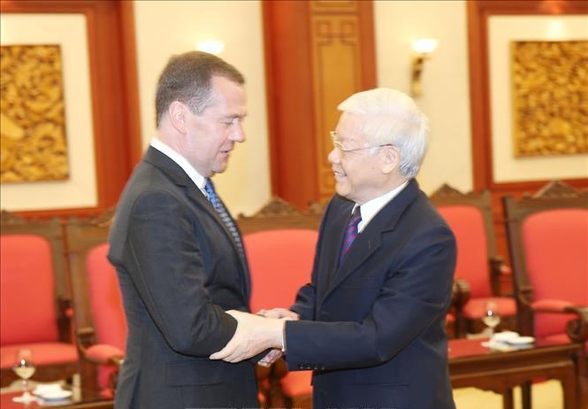 Quan hệ chính trị tin cậy giữa Việt Nam và LB Nga đang được củng cố vững chắc