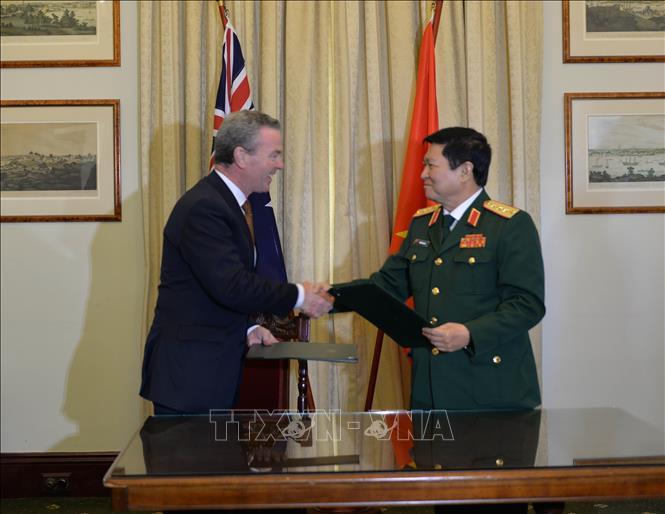 Australia hỗ trợ Việt Nam triển khai Bệnh viện dã chiến cấp 2