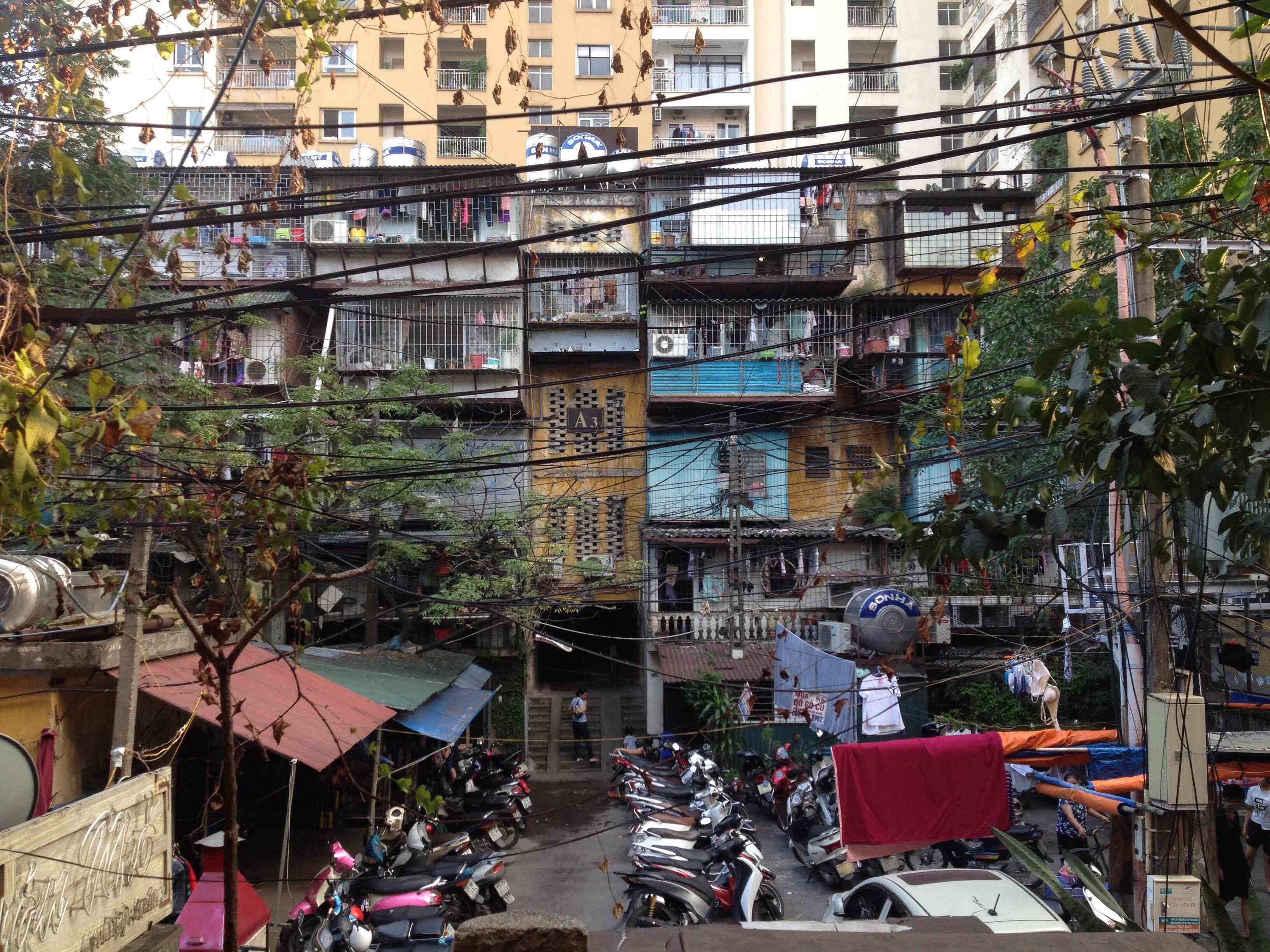 Các khu chung cư cũ Hà Nội đang xuống cấp trầm trọng