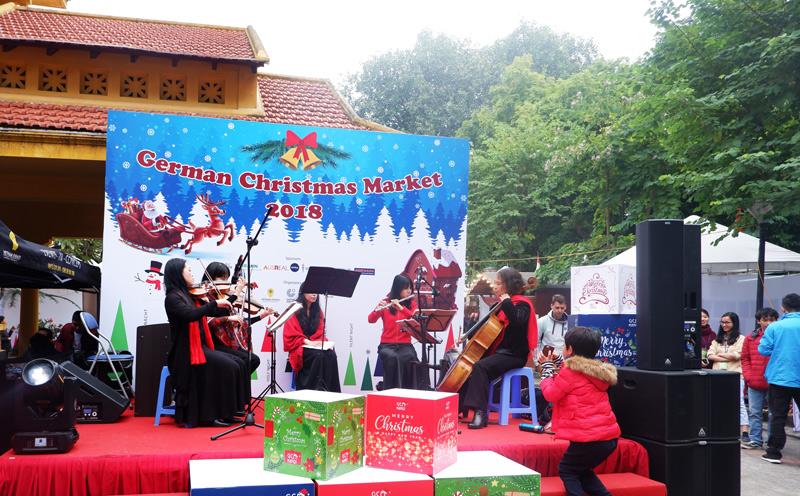 Trải nghiệm Giáng sinh Đức giữa lòng Hà Nội