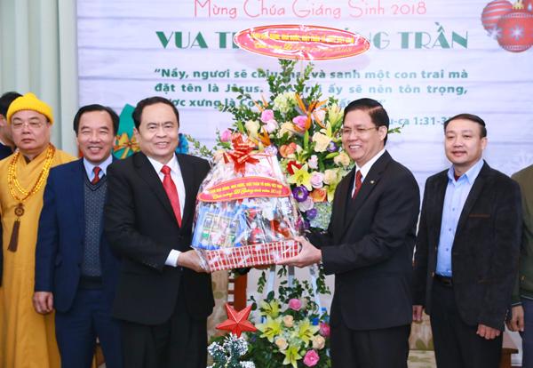 Chủ tịch Uỷ ban Trung ương MTTQ Việt Nam gửi thư chúc mừng Giáng sinh