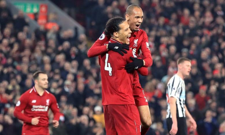 Liverpool bùng nổ, độc chiếm ngôi đầu giải Ngoại hạng Anh