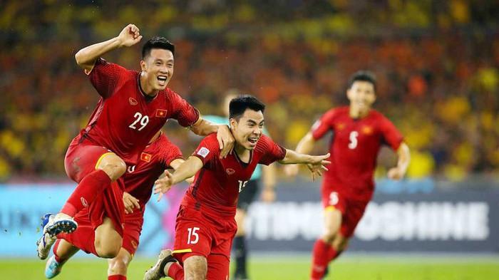 [Infographic] AFF Cup 2018: Chung kết lượt đi với những con số thống kê bất ngờ