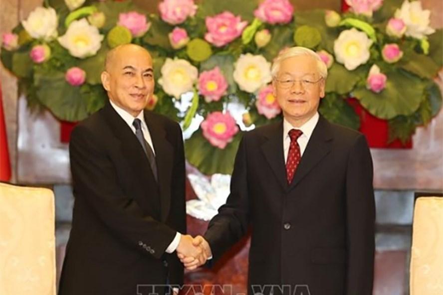 Việt Nam luôn coi trọng củng cố và tăng cường quan hệ hữu nghị và hợp tác với Campuchia