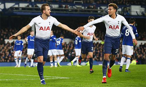 Đè bẹp Everton, Tottenham thách thức nhóm đua vô địch