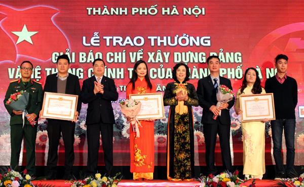 Hà Nội trao giải báo chí về xây dựng Đảng, phát triển văn hóa
