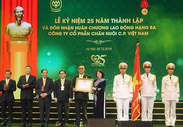 Công ty Cổ phần Chăn nuôi C.P. Việt Nam có gần 400.000 đối tác là nông dân sau 25 năm