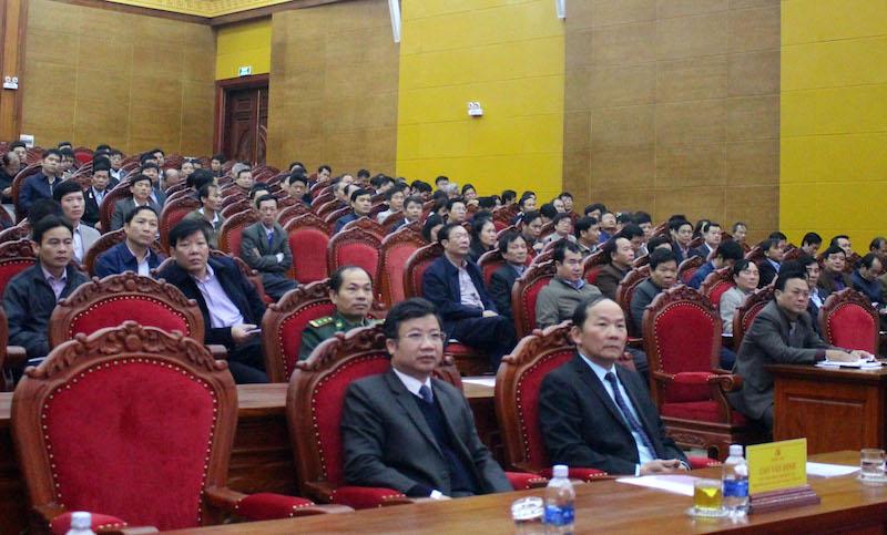Tỉnh ủy Quảng Bình học tập, quán triệt Nghị quyết Trung ương 8 (khoá XII)