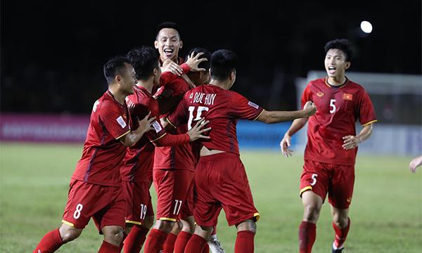Thắng ngay trên sân Philippines, Việt Nam rộng đường vào chung kết AFF Cup